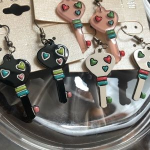 Keys 🔑 to My Heart ❤️ Summer Earrings A-adorable!